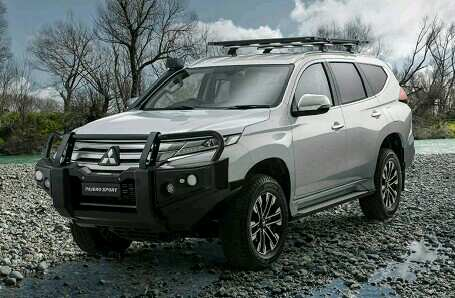 what is the best overland vehicle