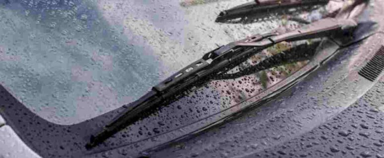 What to do if your windshield wipers stop working in the rain